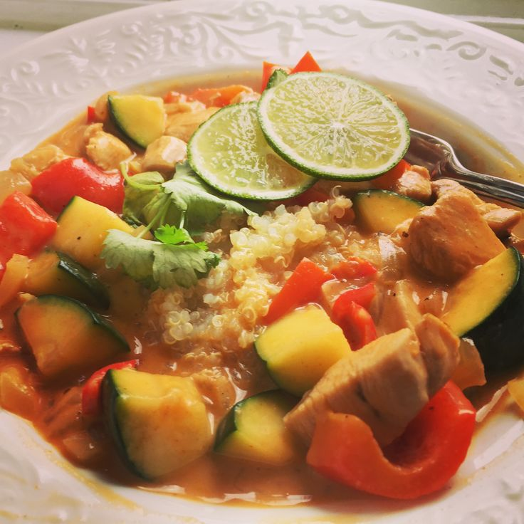 Kylling red curry m/ quinoa