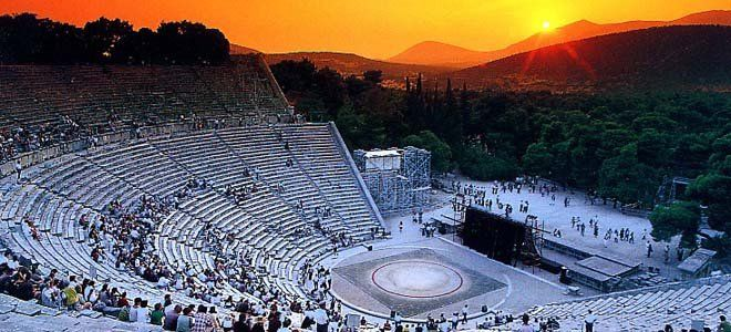Start the private tour from Patras that will give you the opportunity to explore the wonders of the ancient world. This tour offers you the chance to enjoy some of the greatest actors in the world perform in ancient Greek dramas or comedies, or famous singers in concerts