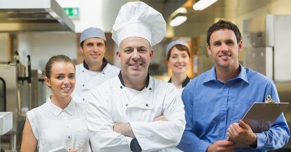 Comment motiver les employés de votre restaurant ? Restauration : 7 conseils pour motiver votre personnel et réduire le taux d'absentéisme.