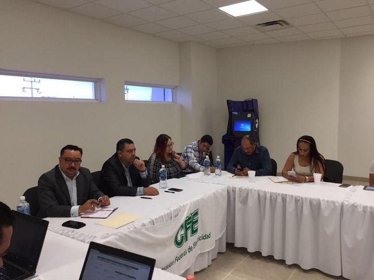 <p>- Es la tercera reunión de trabajo para solucionar el problema de suministro de energía para bombeo de agua<br /> <br /> Villa