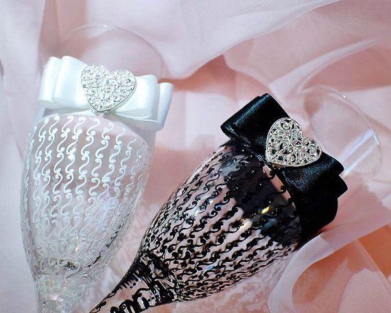 Wedding Glasses Wedding Champagne Flutes Bride And by WeddingbyAnn