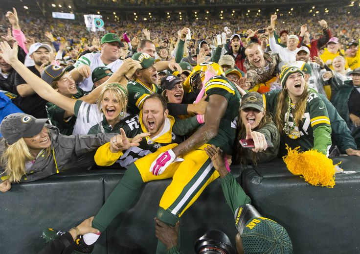 Packers blow out Vikings