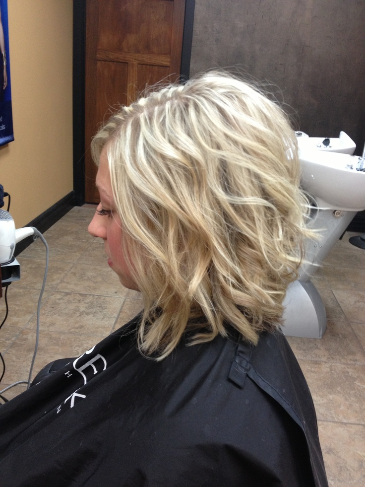Slightly inverted bob, with long layers.Bobs Hairstyles With Layered ...