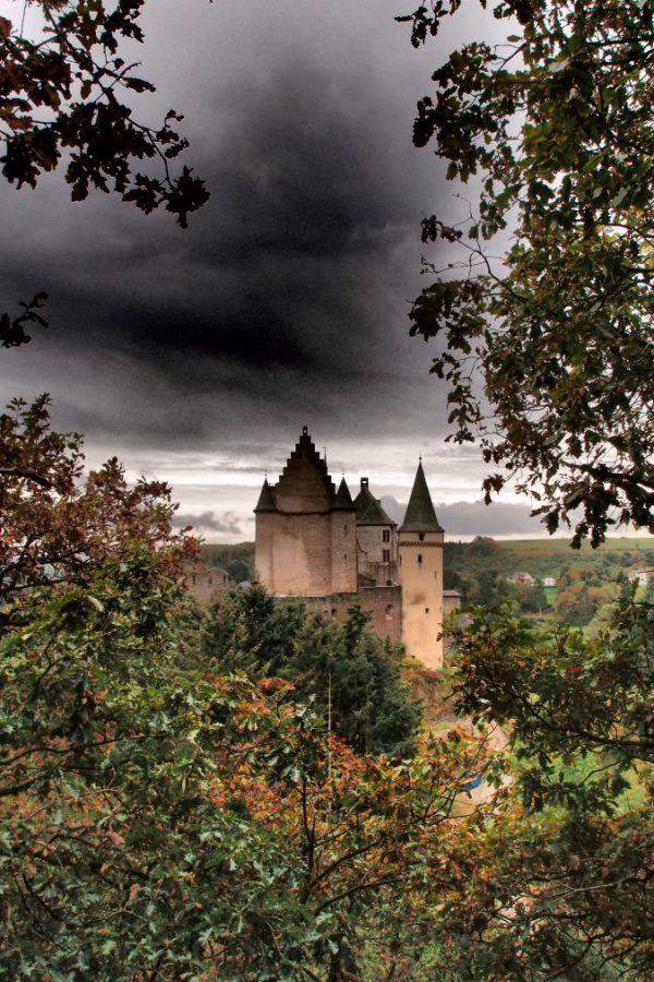 A Day Trip to #Vianden – Part 2, Exploring Vianden #Castle #luxembourg