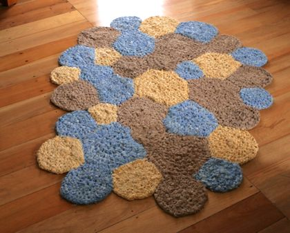 Circles Crocheted Rug made from upcycled linens with instructions