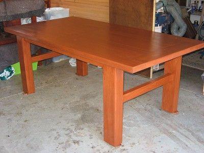 SHERWOOD UNIQUE HANDCRAFTS - SOLID TASMANIAN OAK TABLE