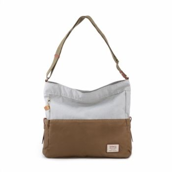 Hedgren Yew Shoulder Bag: Ermine/OffwhiteThe yew shoulder bag is a spacious, trendy bag, ideal for school or work. it fits a tablet, laptop and a4-sized documents. The shoulder strap is adjustable. the soft leather handles and zippers give this beautiful, simple bag a trendy touch.  Comes with at two year warranty.