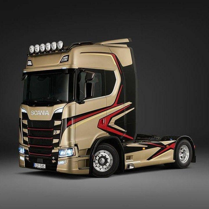 TruckEast – Scania @truckeast_ – Wir lieben diesen goldenen S 730, also dachten …