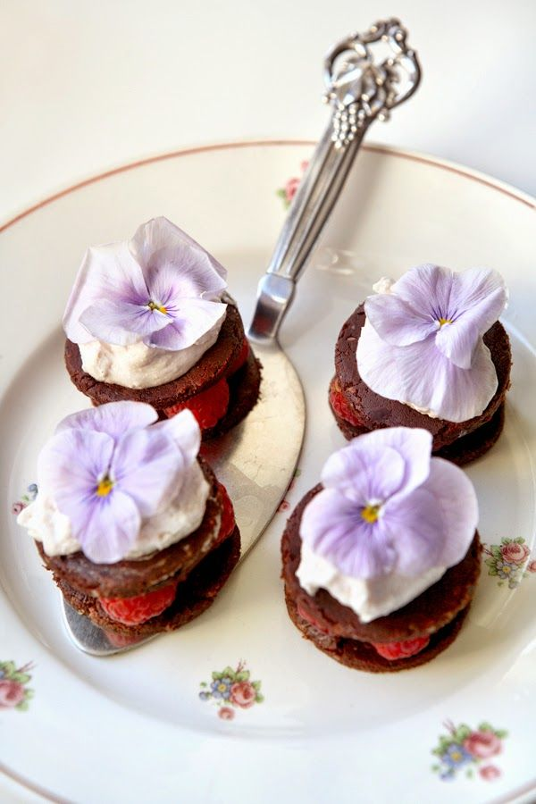 Easter sweets for Isabellas Countryliv made with stylist Inge B...