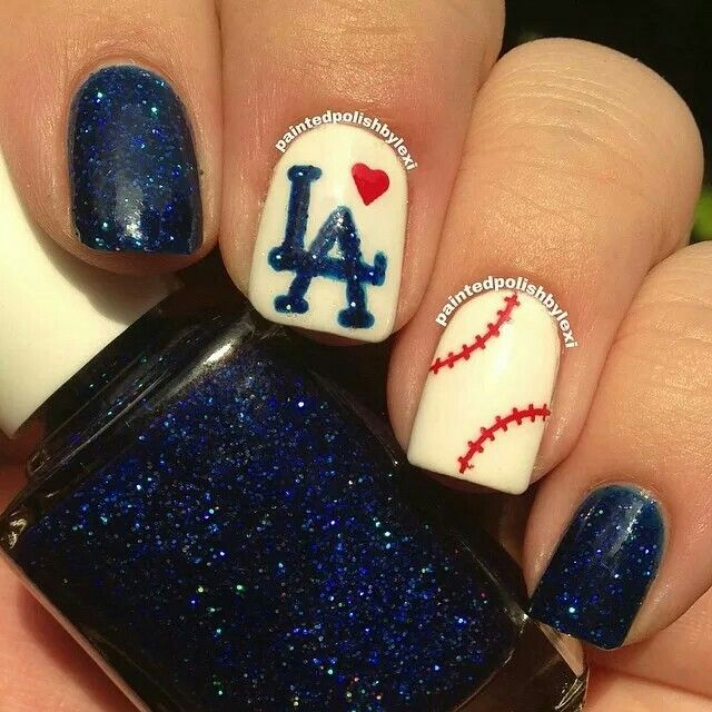 Red white and blue LA baseball nailart #nailart @JenniferW