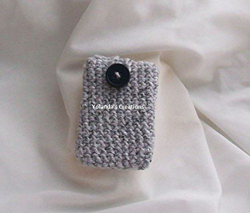 Crochet Card Holder. Crochet card holders can be used to put gift cards, business cards, money, small jewelry, keys etc. This would make an awesome housewarming, teacher's gift or stocking stuffer!.