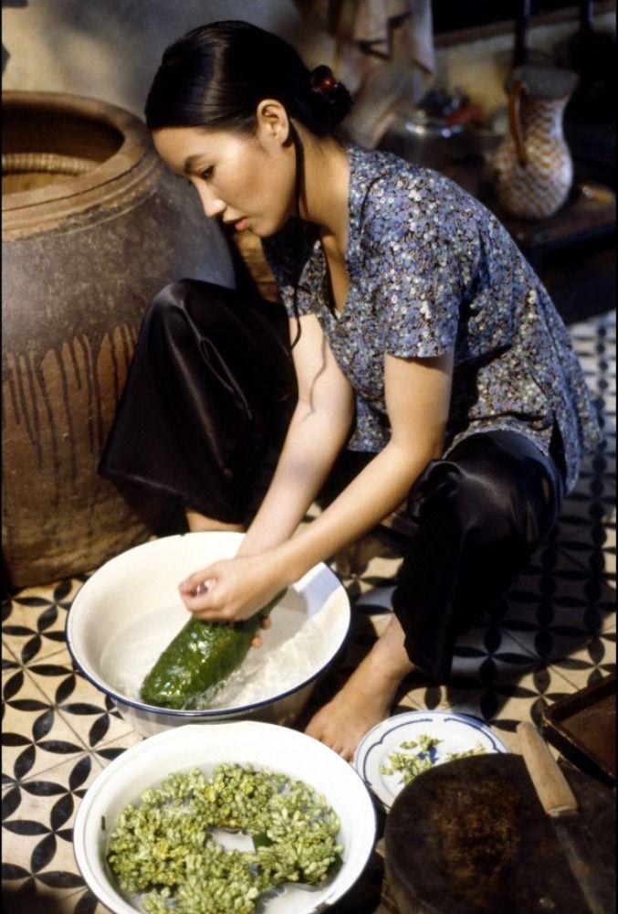 L'odeur de la papaye verte, Tran Nu Yên-Khê