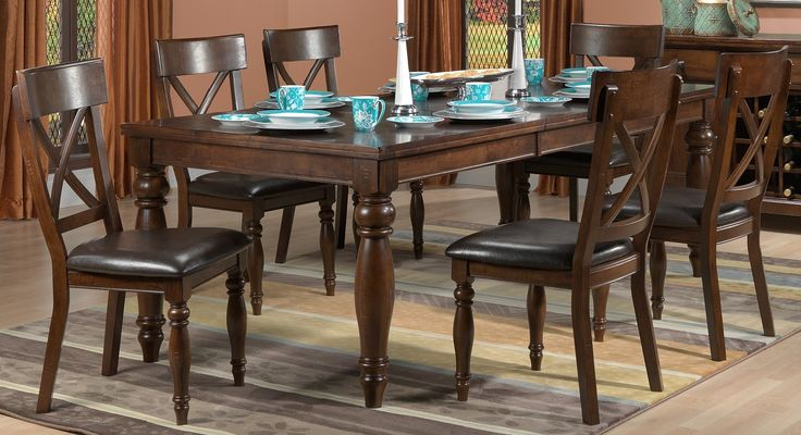 Kingstown set table