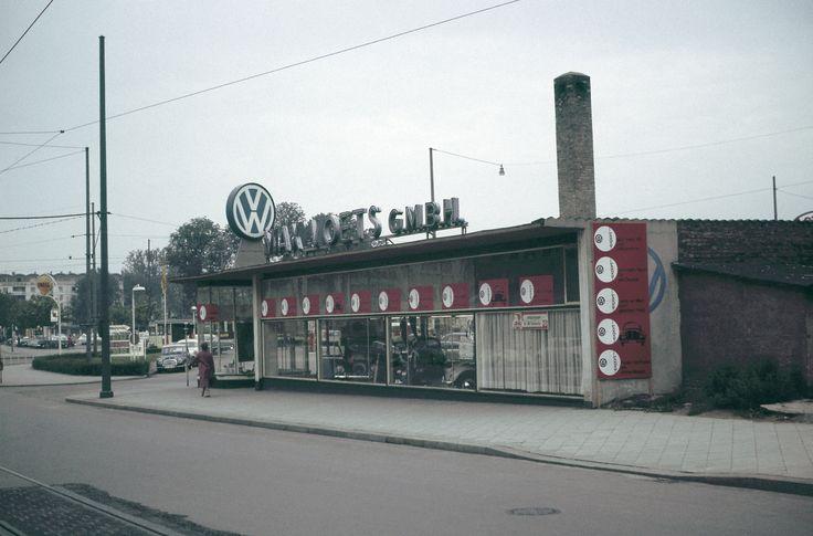 Voets braunschweig 1960 neben galeria kaufhof heute u a for Architektur 1960
