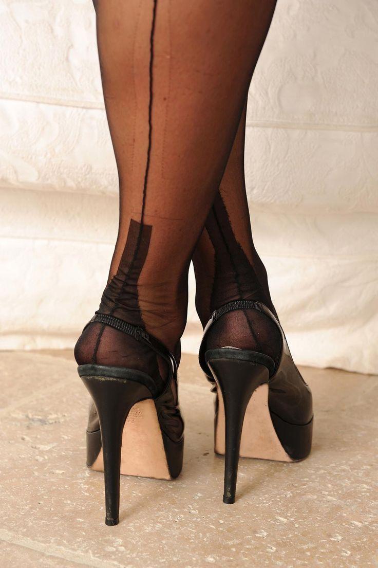 cuban heel pantyhose