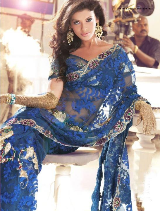 Love this blue color net sari <3