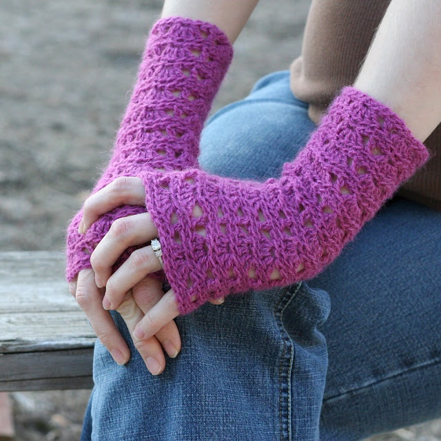 Ripple Lace Fingerless Gloves Odds n ends crochet Pinterest