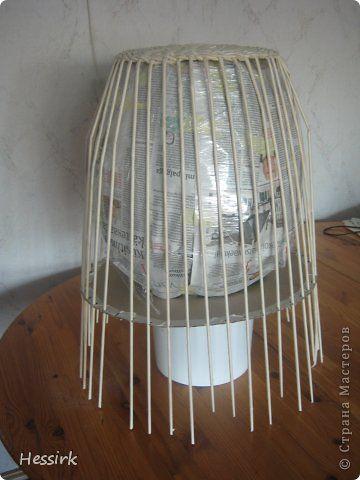 Поделка изделие Плетение Корзина для большой бутыли Бумага газетная Трубочки бумажные фото 3