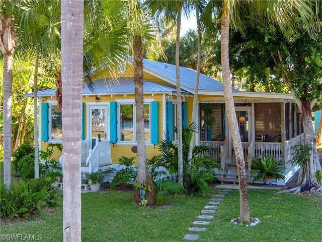Tiny Beach Home Designs: Adorable Florida Cracker Fishing Cabin In Everglades City