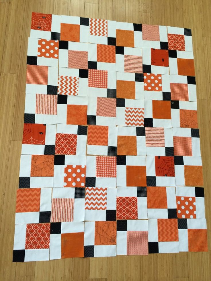 foto 4: one look disappearing_nine_patch_quilt_halloween_11