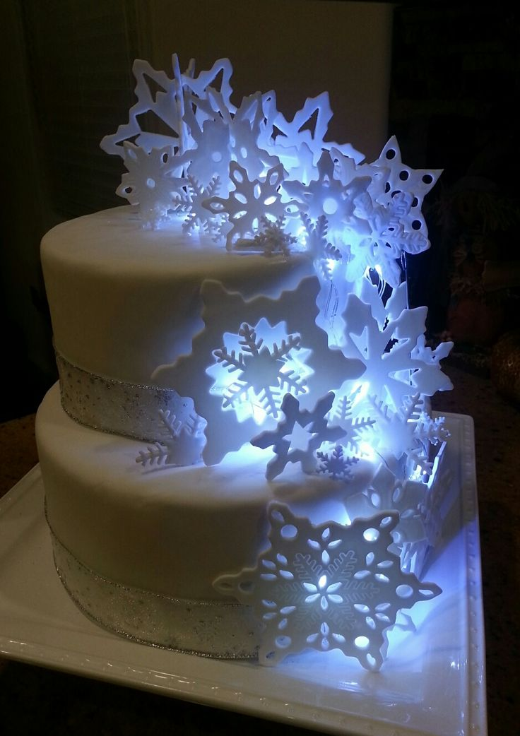Lighted Snowflake cake | Cakes Terry Makes in 2019 | Cake ...