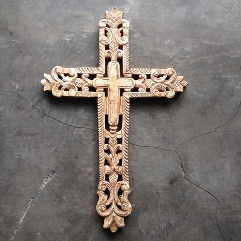 Cross- Saint Catherine - Natural Brown
