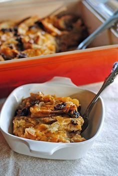 Capirotada {Mexican Bread Pudding} from @JuanitasCocina... This takes me back to my childhood and my mom baking :)