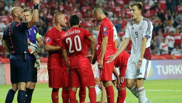Türkiye'nin grupta kaç puanı var? Türkiye gruptan çıkabilir mi ve kalan maçlar hakkında bilgiler.