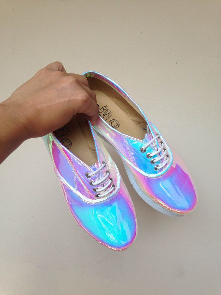 iridescent | mother-of-pearl | gleaming | shimmering | metallic rainbow | shine | opalescent |