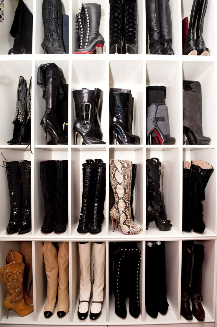 I need to do this. Sized to perfection... Custom closet for boots! #shoeaholic #dream Love this idea!! Love some of those boots!!
