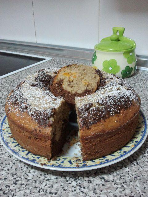 Bizcocho de café, chocolate y nueces | Cocina y Comparte | Recetas de María Elena Velez