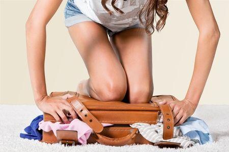 Ga jij op reis deze zomer? Deze tips voor het kiezen van de perfecte vakantie garderobe helpen je om geen stress, maar voorpret te hebben bij het inpakken van je koffer!