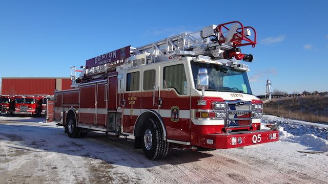 New Denton Fire Rescue Quint 5 At The Pierce Manufacturing Facility In Wisconsin Fire Trucks Fire Rescue Fire Apparatus