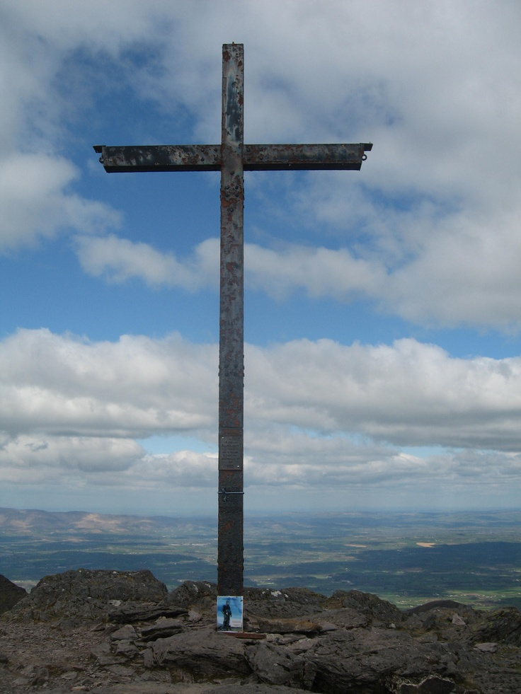 The cross on Carrauntoohil on 4th April 2012