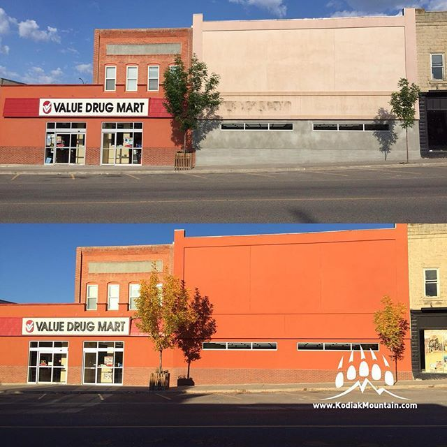 Before & After - Value Drug Mart in #Cardston AB used our @generalshale Colonial thin brick veneer and our @MasterWall acrylic stucco on their recent expansion. Looks great! www.KodiakMountain.com #kodiakmountainstone #brickveneer #thinbrick #stucco #reno