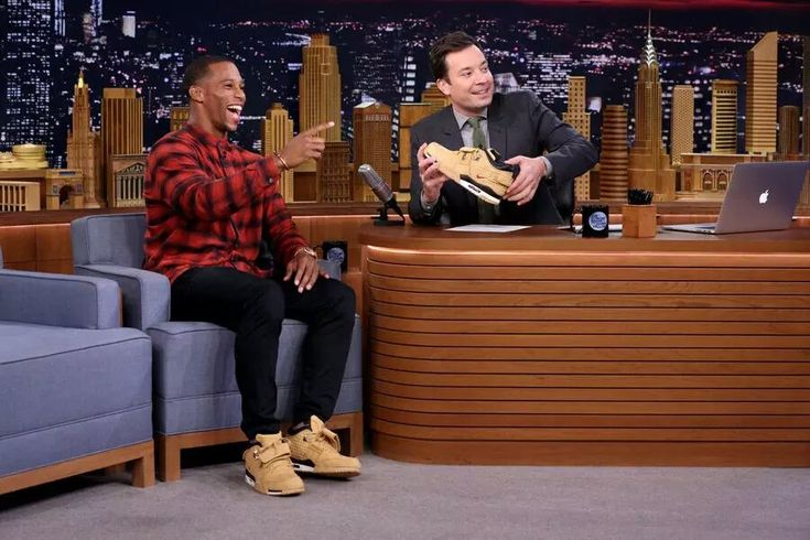 NFL star Victor Cruz visits Tonight With Jimmy Fallon, debuts his first signature sneaker, Nike Air Trainer Cruz