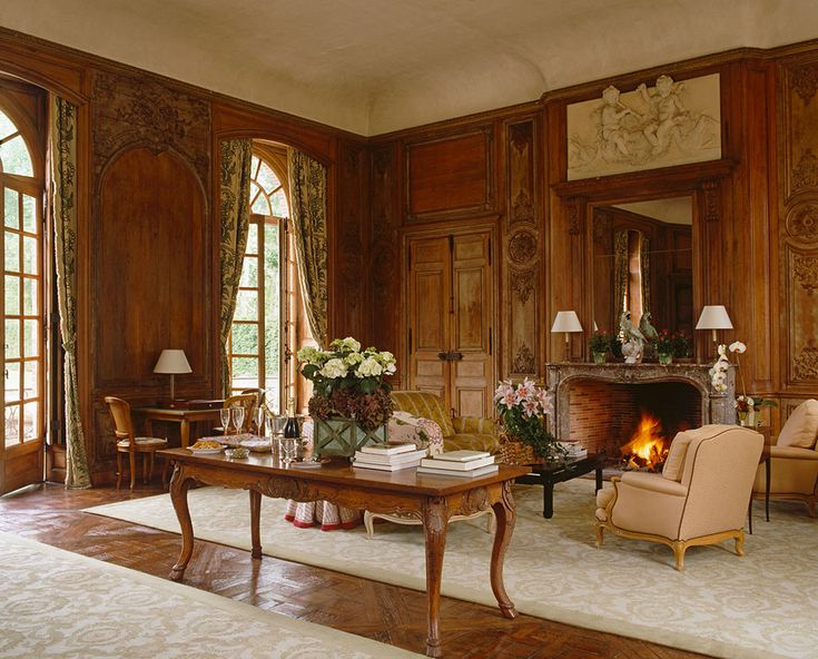 marvelous old fashioned living room | Old-fashioned living room design | Old house design, Brown ...