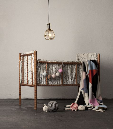 Love this crib and bedding (and the Lucky Boy Sunday action)