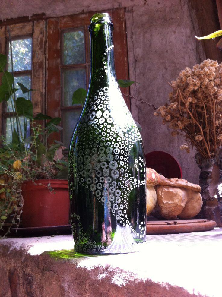 Botella tallada