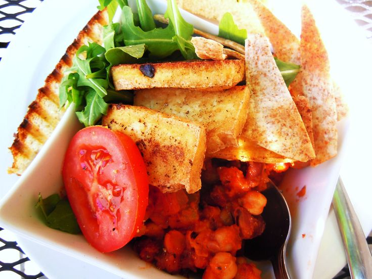 Vegetarian breakfast! Vegan chili with grilled tofu, arugula, tomatoes and fresh grilled focaccia from Toronto's Niche Coffee & Tea Co. Cafe.