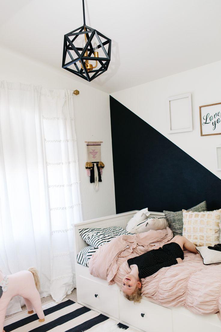 geometric black pendant light // black and white wall #styling #home #decor #kids #girl