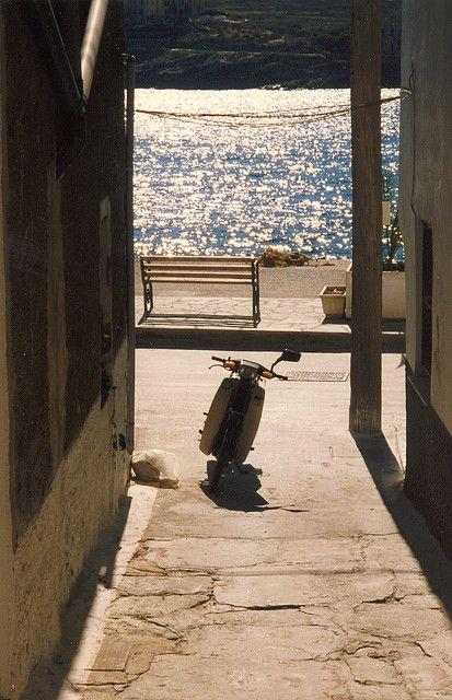 Greece, Kea - moto www.romeoauto.it
