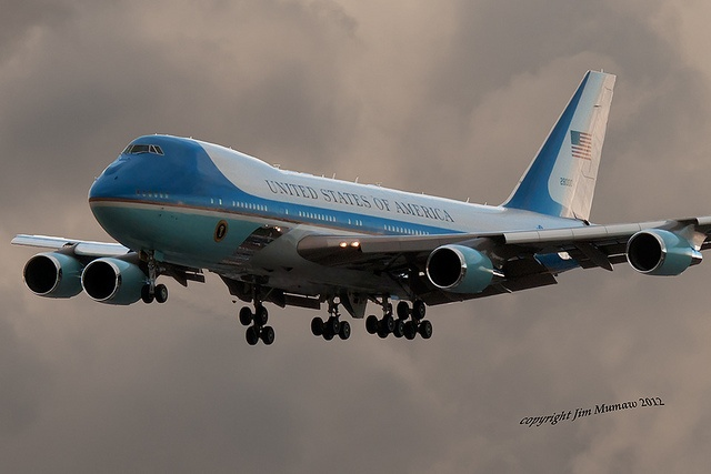 AIR FORCE ONE CLOUDS LAX