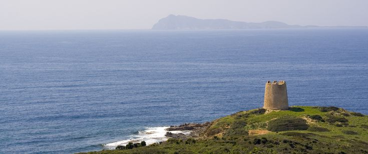 The #walk of 100 Towers to discover #Sardinia's coast