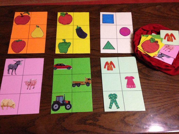 Meyveler , sebzeler , geometrik şekiller , hayvanlar , araçlar ve kıyafetleri öğretmek amacıyla oluşturulmuş tombala şeklinde oluşturulmuş bire bir eşleştirme kartları