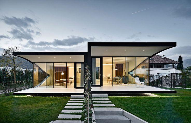 """Wunderschöne """"Spiegelhäuser"""" für besondere Urlaubswochen in der Nähe von Bozen"""