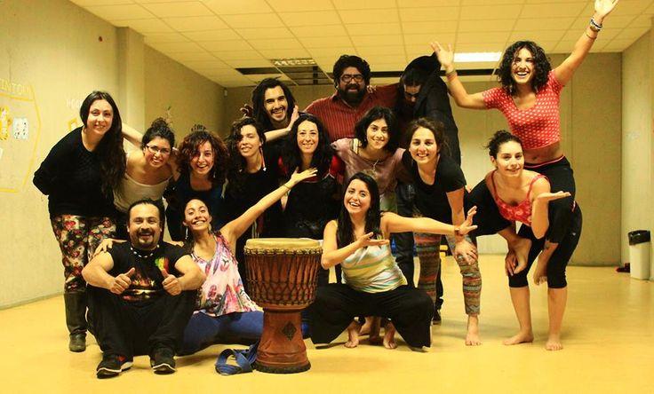 Ensayando para presentación, danza afro! invierno 2014