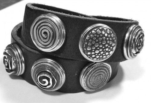 armband met zilveren chunck's