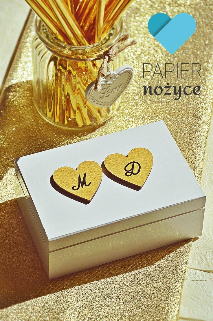 "Personalizowane pudełko na obrączki wzór ""GOLDEN hearts"""