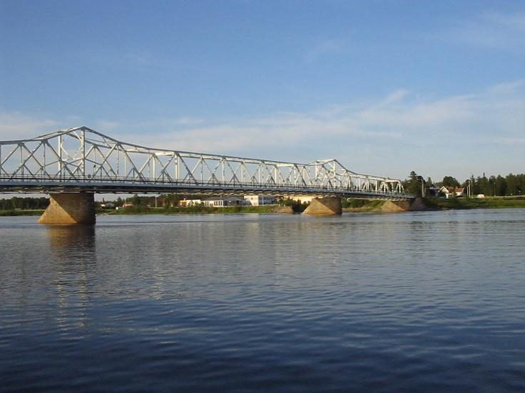 Finland - Sweden (the bridge between Tornio  Fi and Haparanda S)